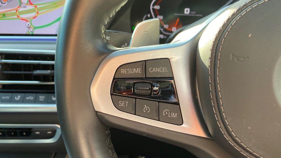 Image 12 - BMW M50d (DG19XKD)