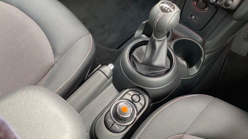 Image 10 - MINI Hatch (MX69WTM)