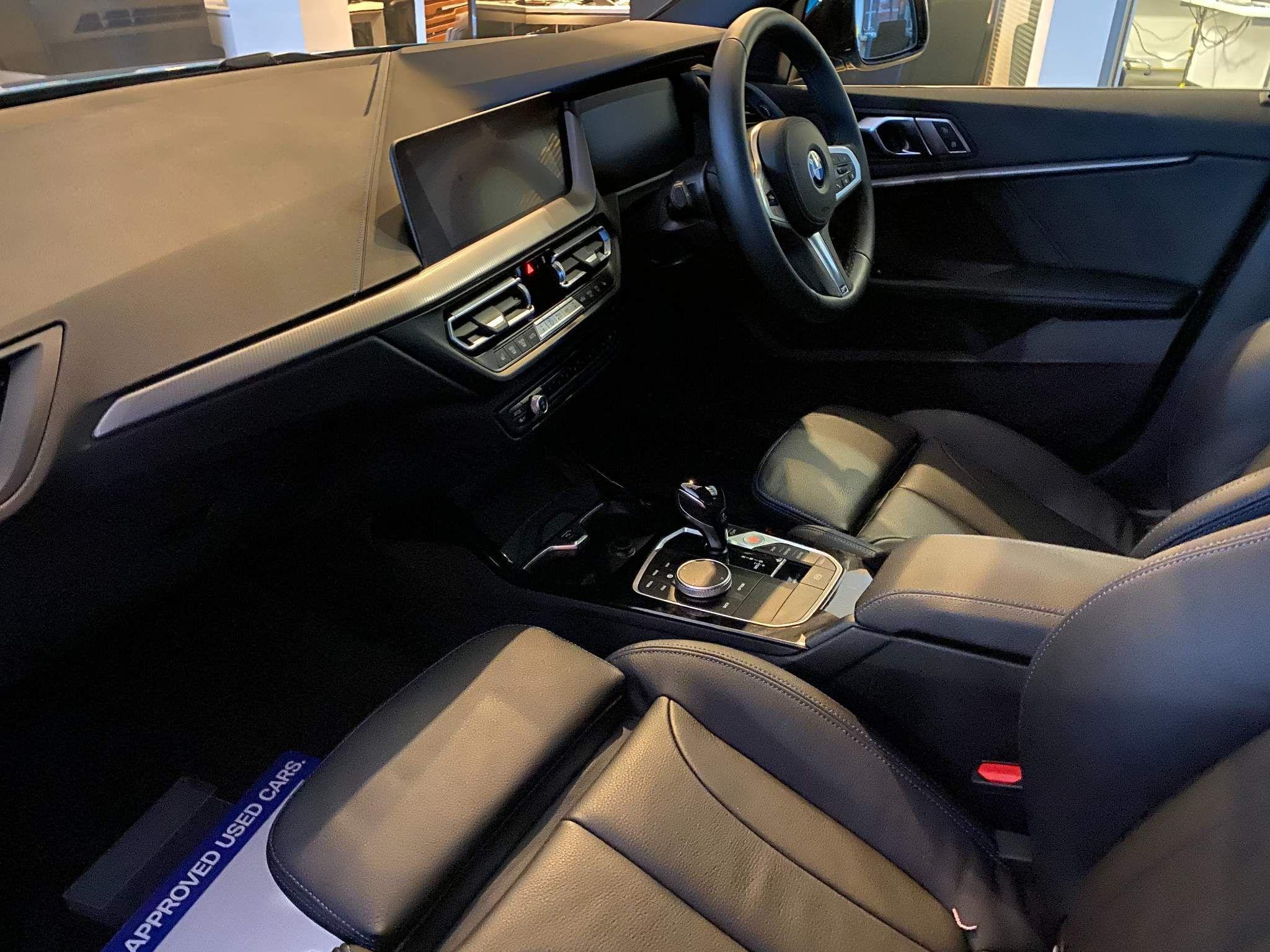 Image 9 - BMW 218i M Sport Gran Coupe (ML20OLP)