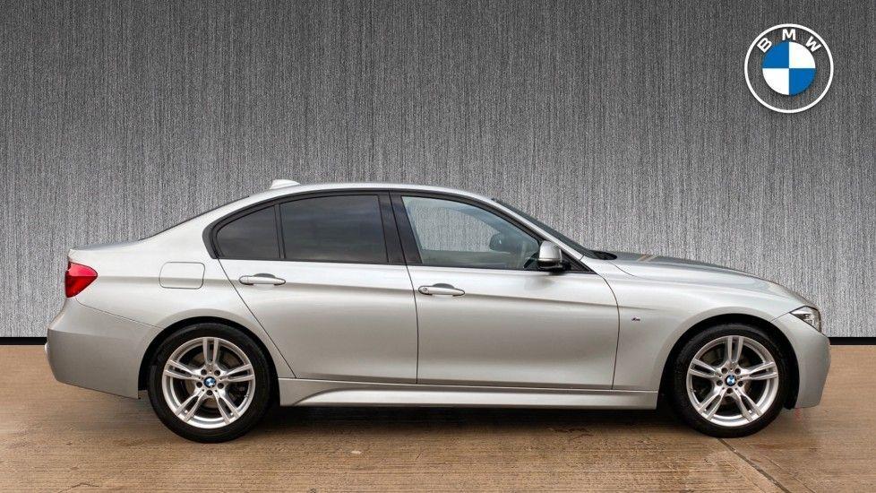 Image 3 - BMW 330d M Sport Saloon (KM68CBY)