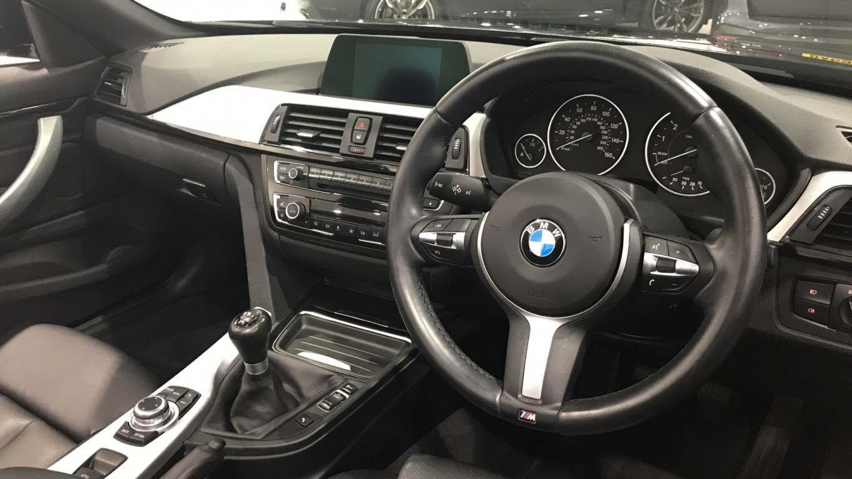 Image 5 - BMW 420i M Sport Convertible (DA15RTX)