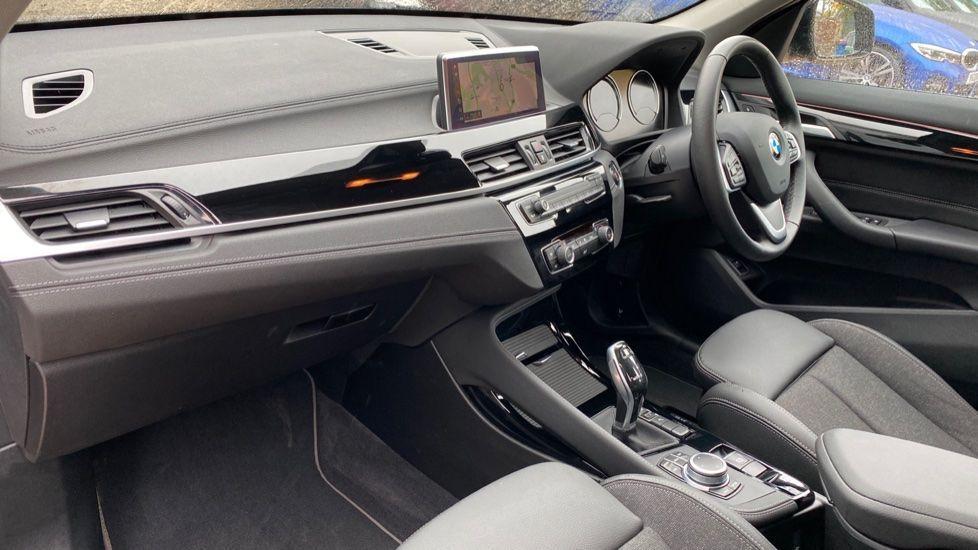 Image 6 - BMW sDrive18i Sport (YH20OYW)