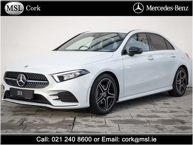 Mercedes-Benz A-Class A 180d AMG-Line + Night Package & Smartphone Integration