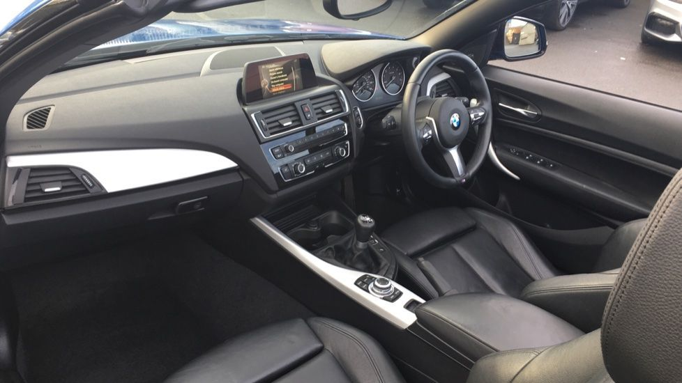 Image 5 - BMW 220i M Sport Convertible (LV65RKY)