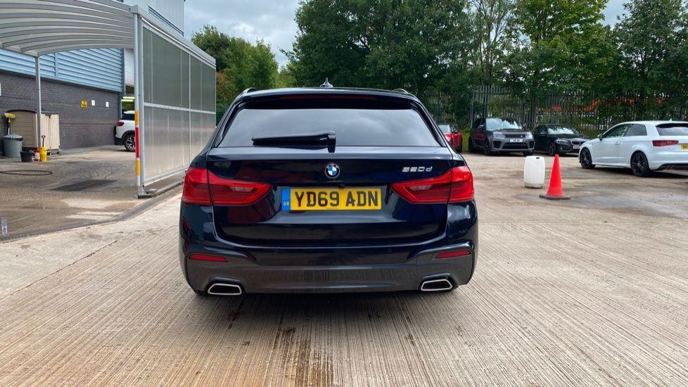 Image 15 - BMW 520d M Sport Touring (YD69ADN)