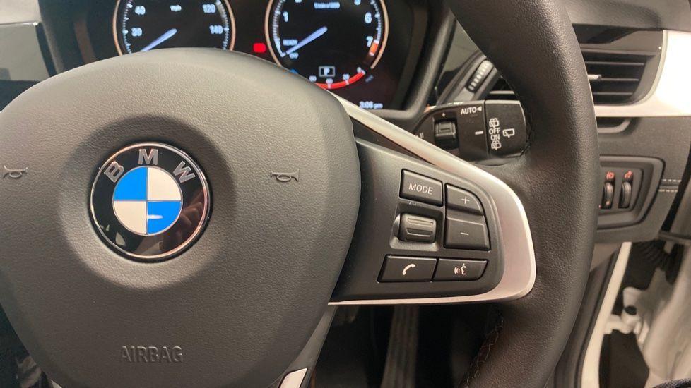 Image 18 - BMW sDrive18i Sport (YH20PYY)