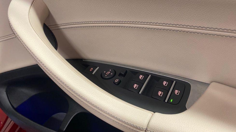 Image 25 - BMW xDrive30d M Sport (PJ20RLZ)
