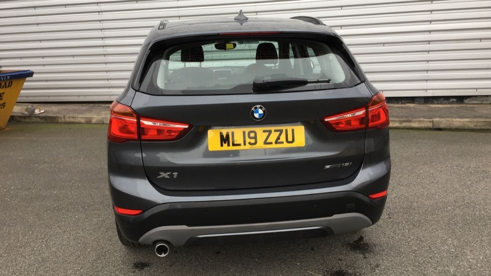 Image 25 - BMW sDrive18i Sport (ML19ZZU)