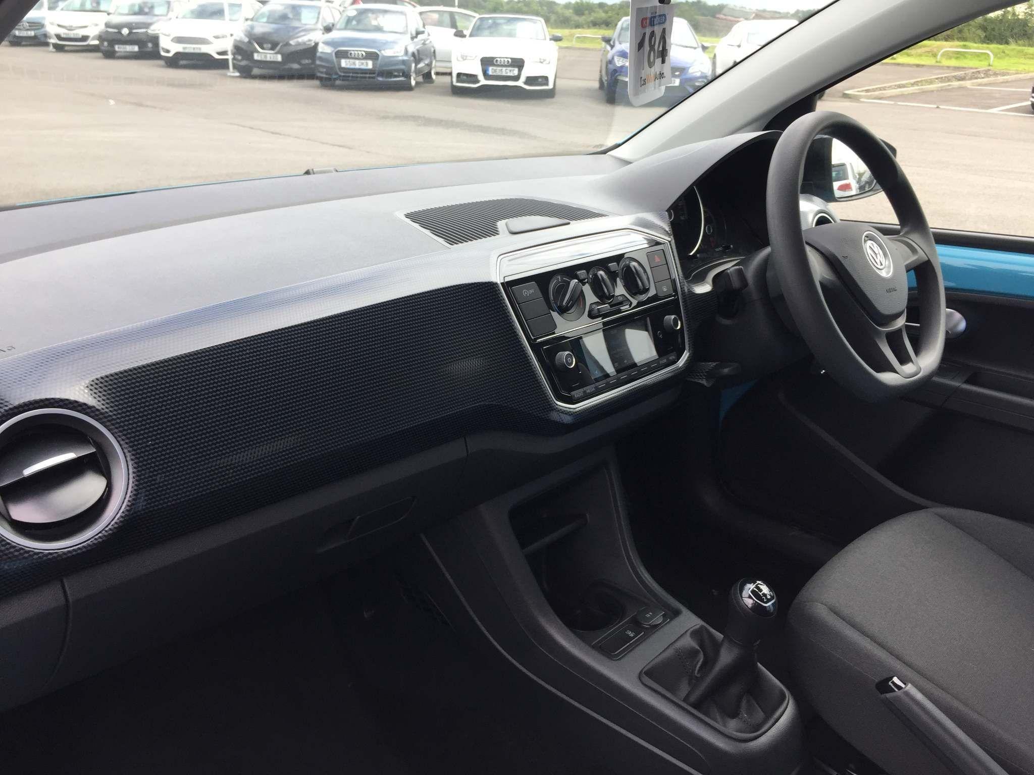 Volkswagen up! Images