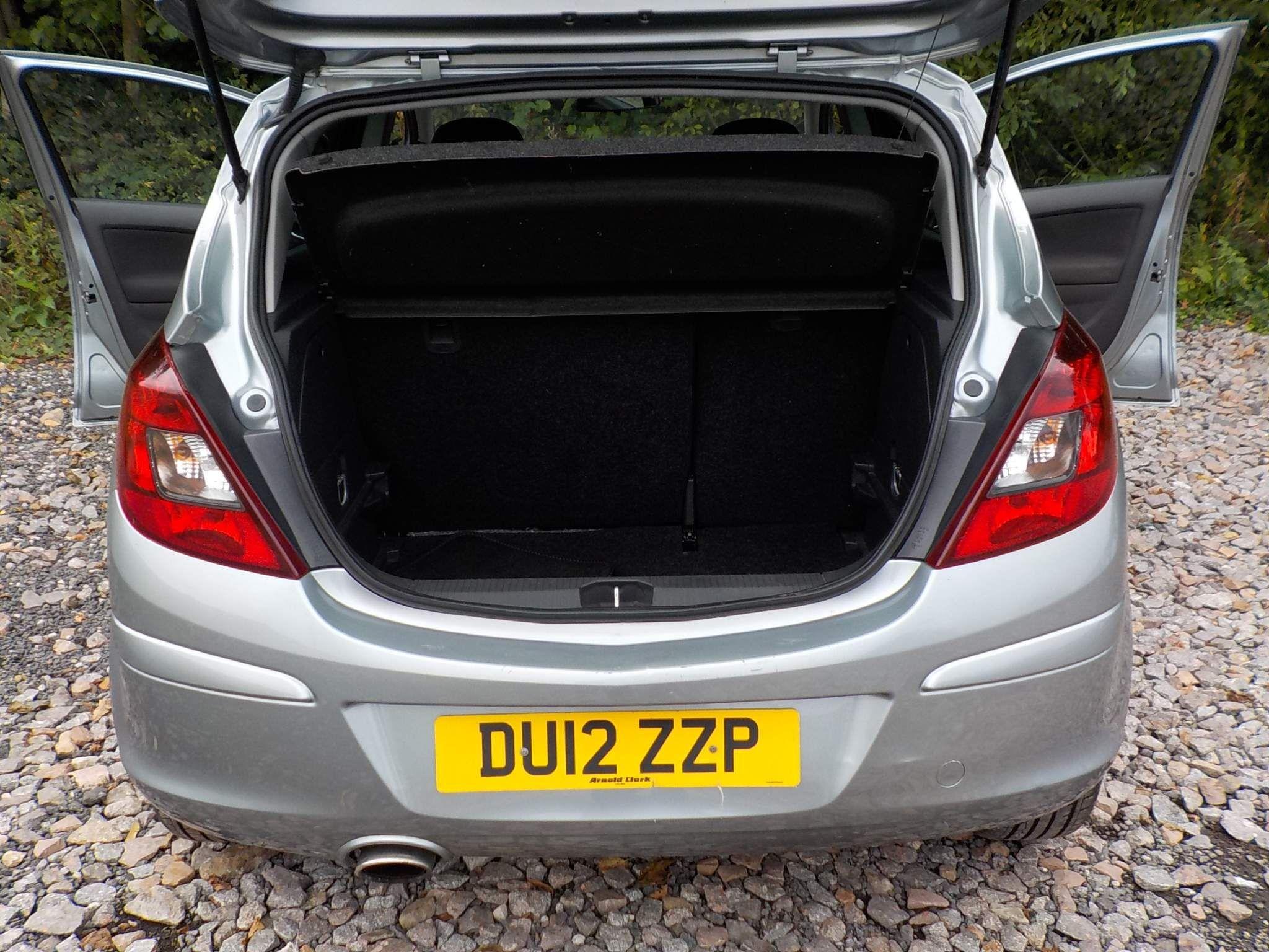 Vauxhall Corsa 1.4 i 16v SXi 5dr