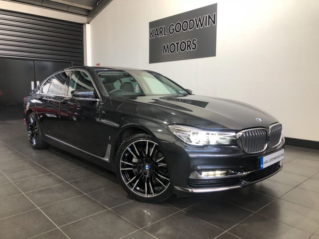 BMW 7 Series 740 E HYBRID EXCLUSIVE LOW MILEAGE