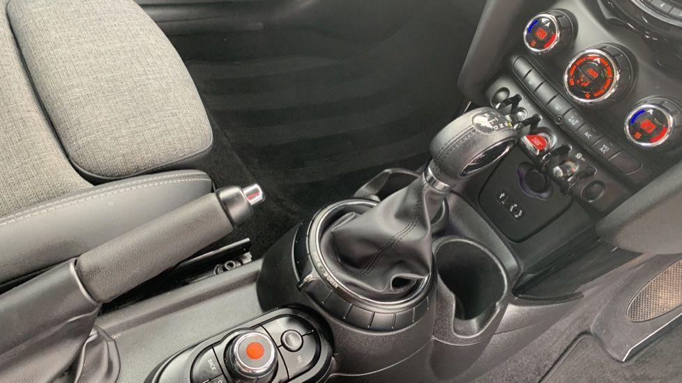Image 10 - MINI Hatch (MV65FXH)