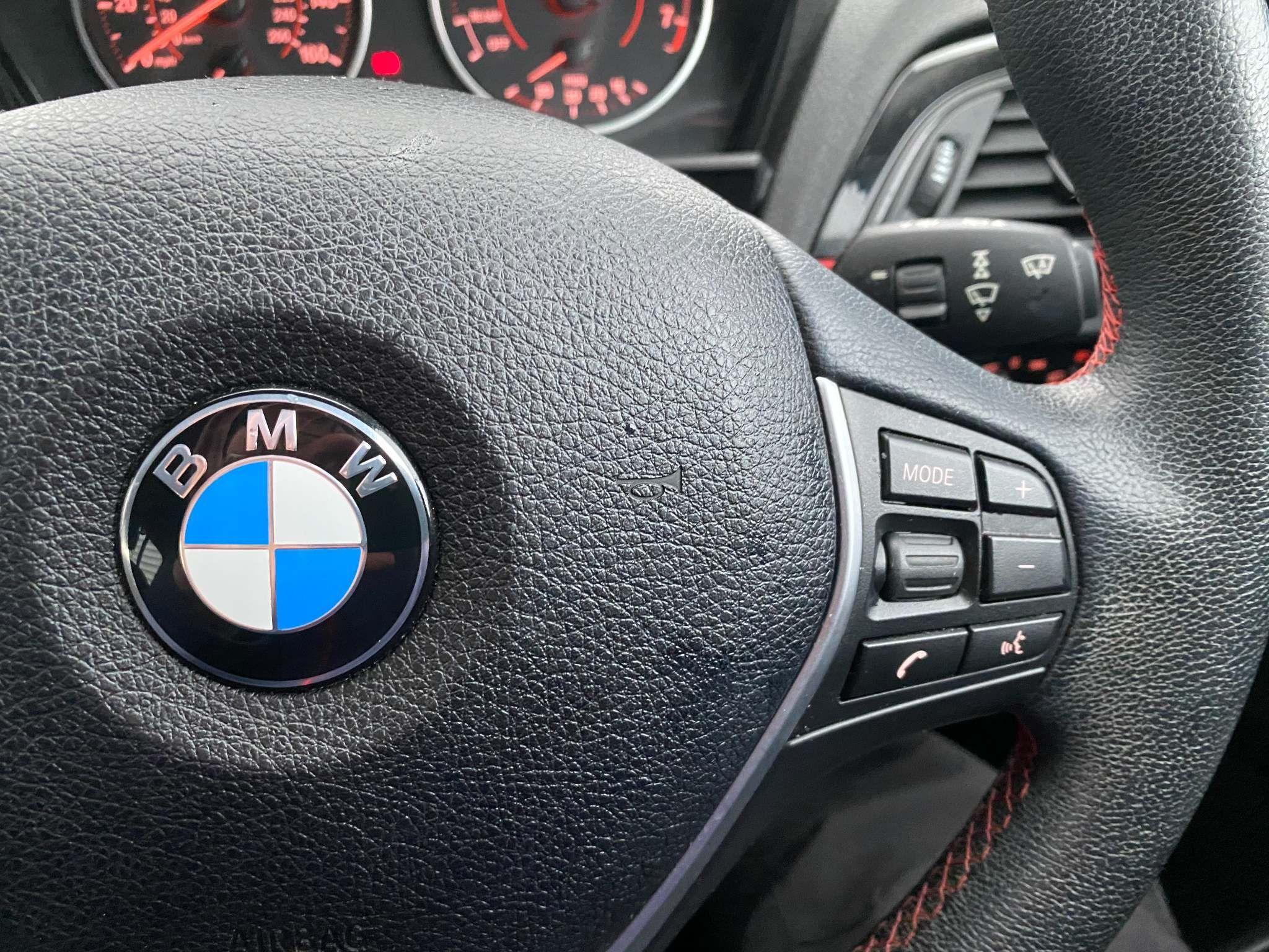 Image 16 - BMW 118i Sport 5-Door (MC66VGP)
