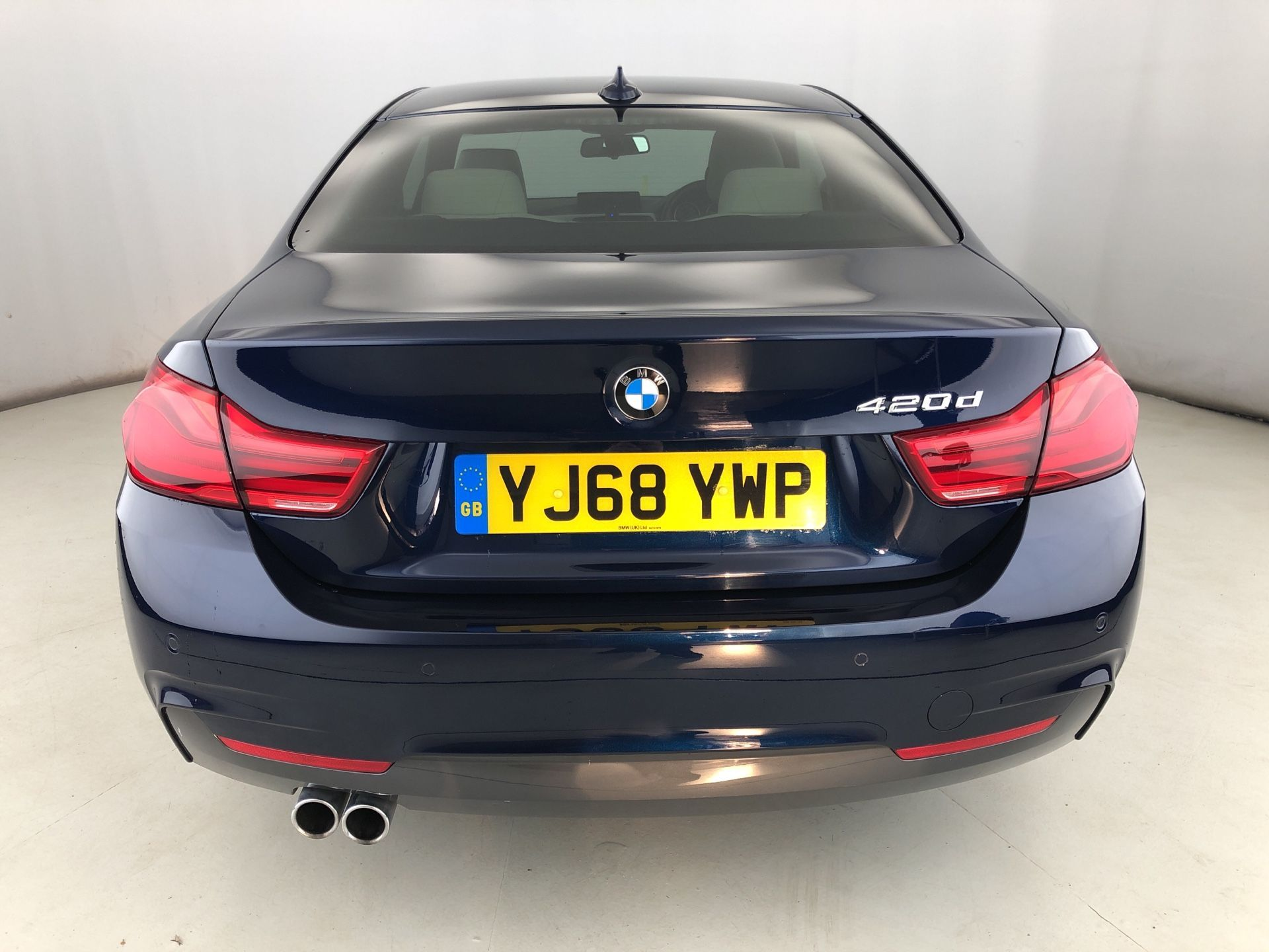 Image 16 - BMW 420d M Sport Coupe (YJ68YWP)