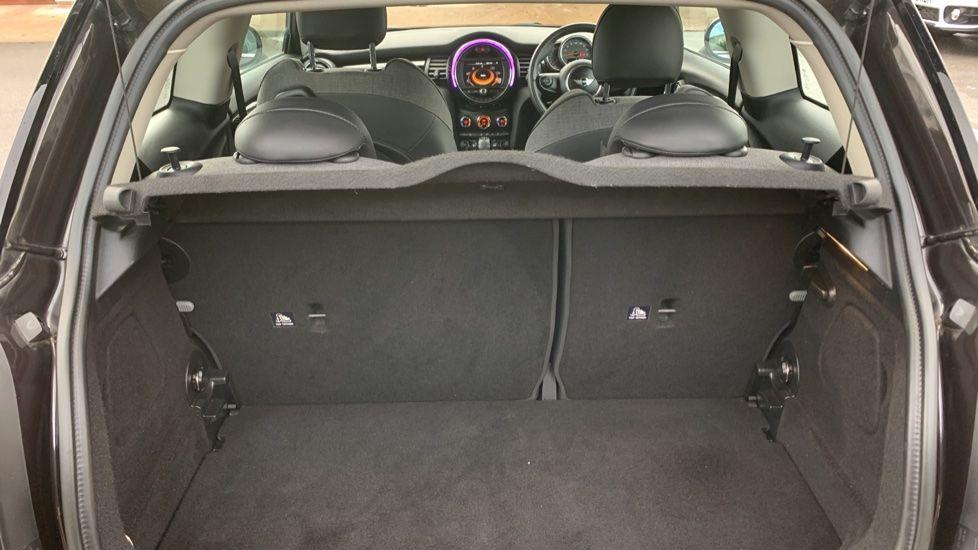 Image 13 - MINI Hatch (MV65FXH)
