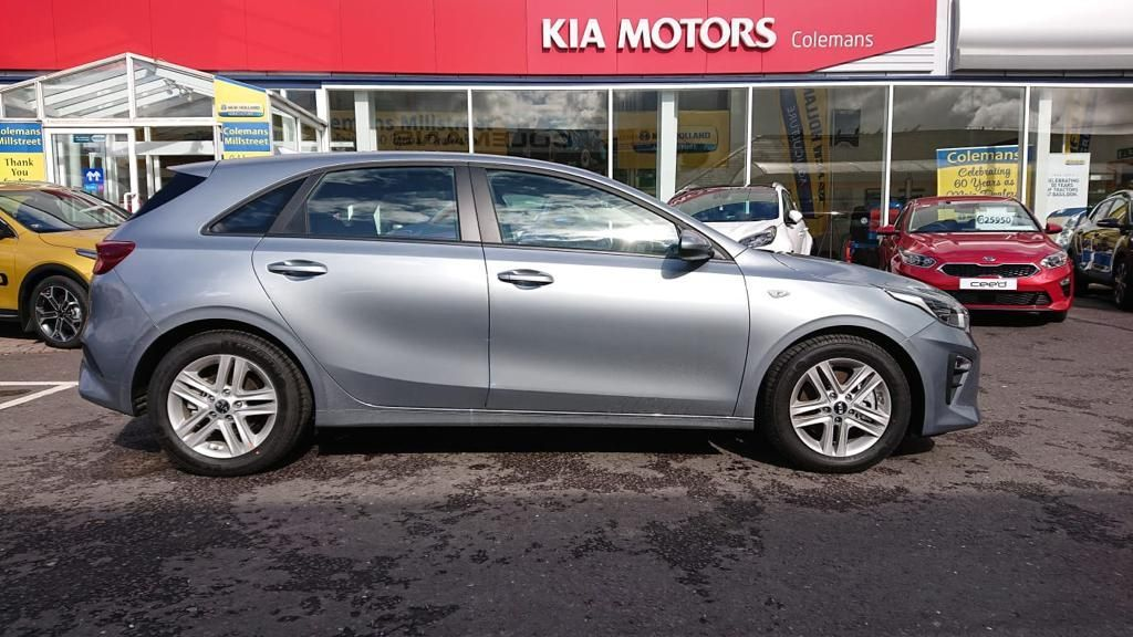 Kia Ceed 1.0 K3 6 months old save €€€€