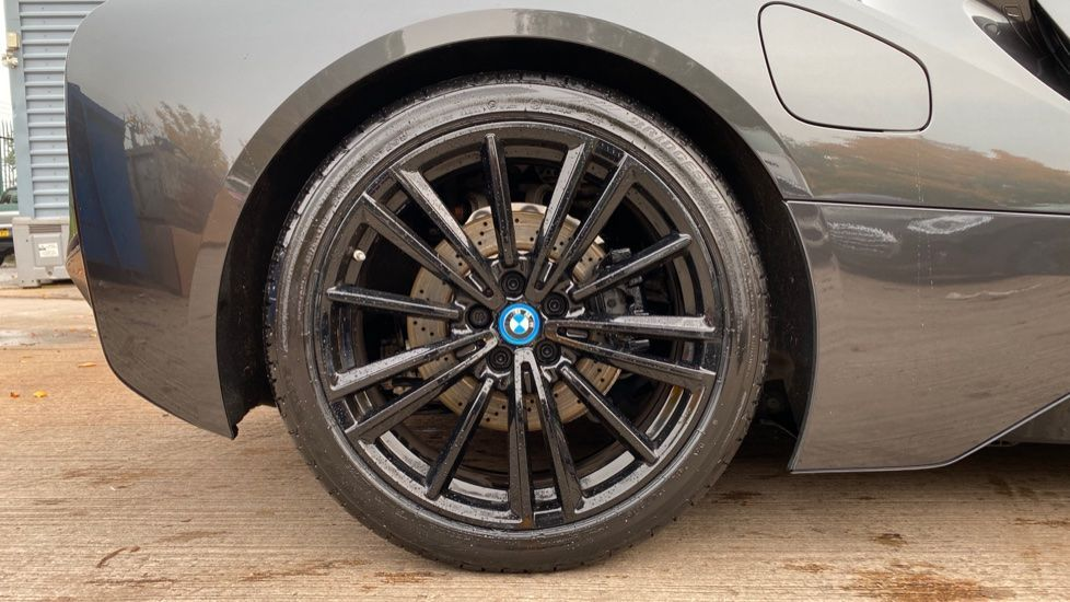 Image 14 - BMW Roadster (YH68JMK)