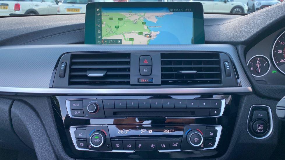 Image 7 - BMW 420d M Sport Convertible (CX20KCV)