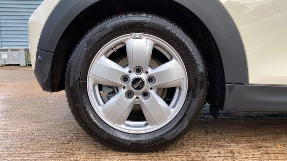 Image 14 - MINI Hatch (MX69WTM)