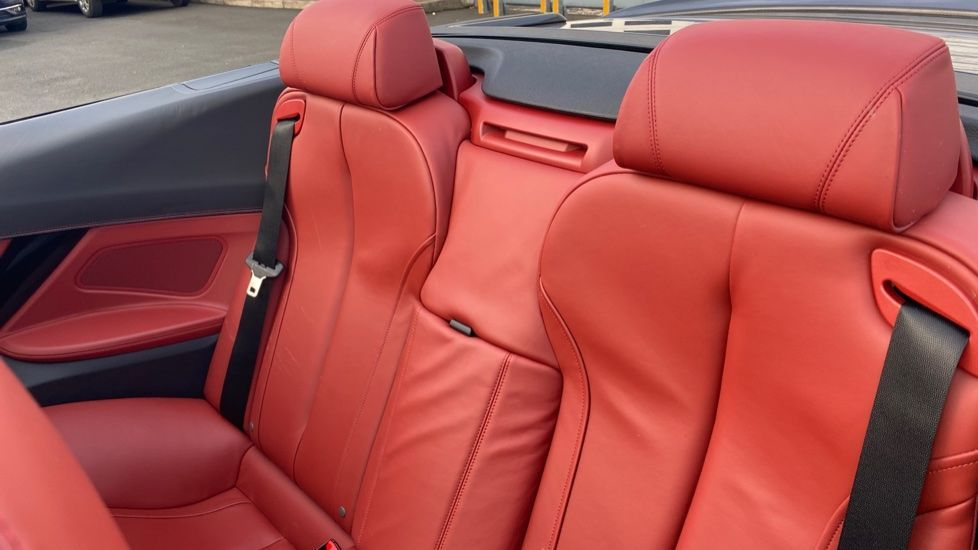 Image 12 - BMW 640i M Sport Convertible (LP16YWJ)