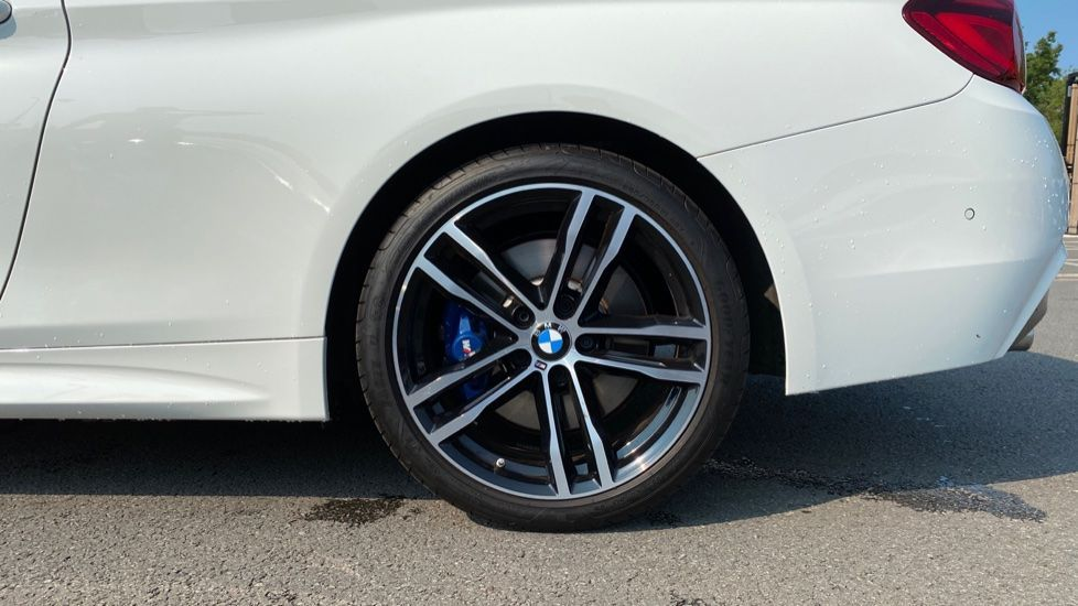 Image 14 - BMW 420d M Sport Coupe (YC69GWX)