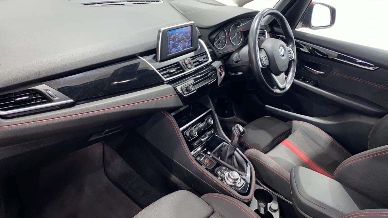 Image 7 - BMW 218d Sport Gran Tourer (DA16SXW)