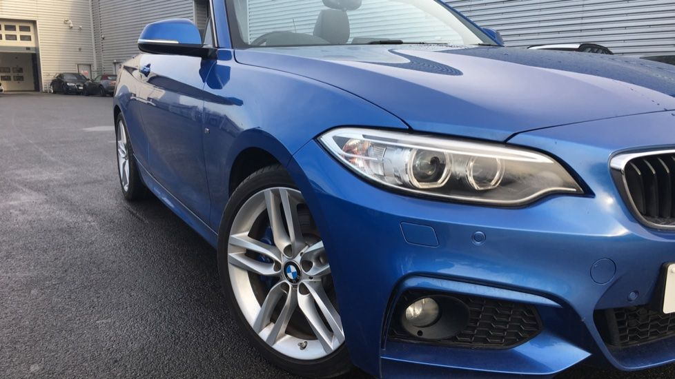 Image 29 - BMW 220i M Sport Convertible (LV65RKY)