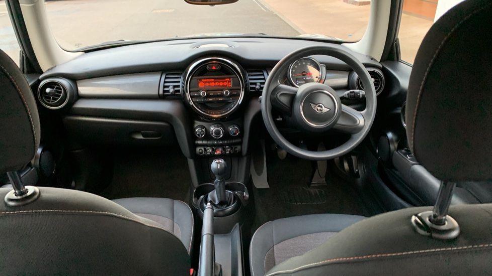 Image 4 - MINI Hatch (CX18SWF)