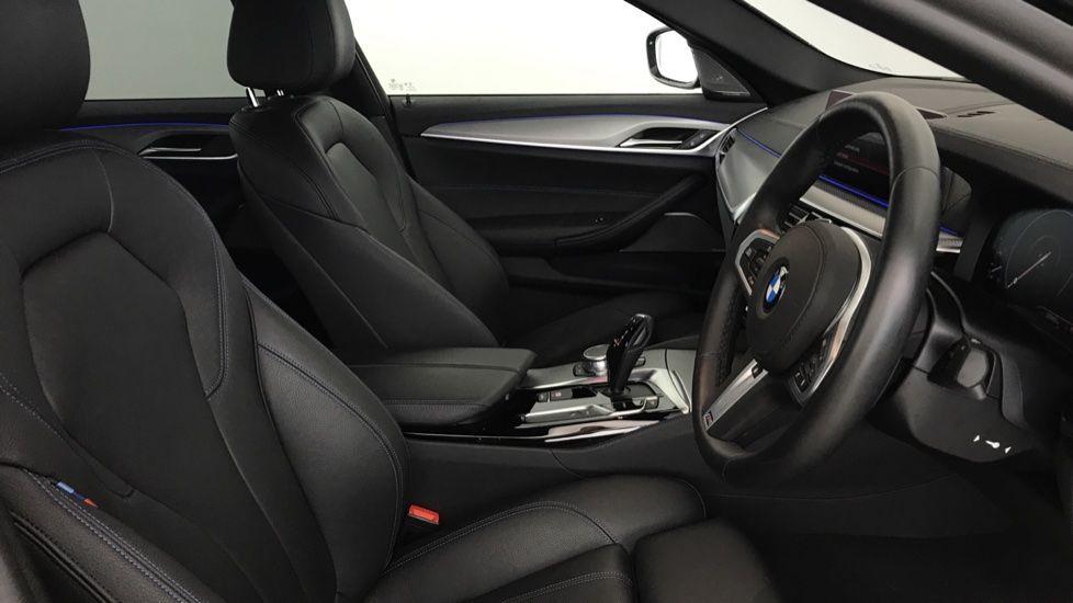 Image 11 - BMW 530e M Sport iPerformance Saloon (YC19ZYW)
