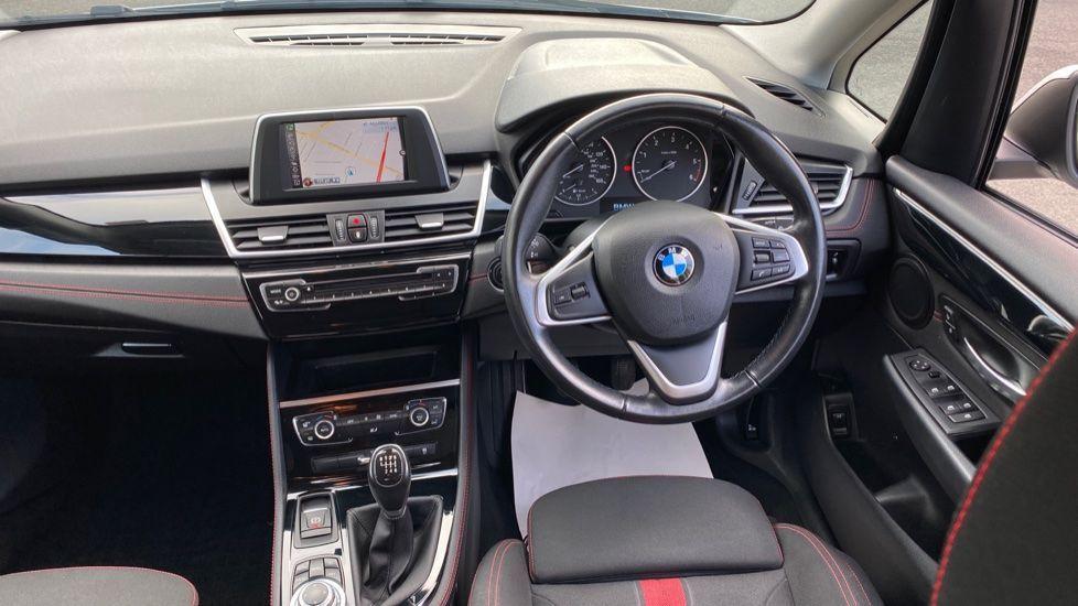 Image 4 - BMW 218d Sport Active Tourer (MM64WGE)