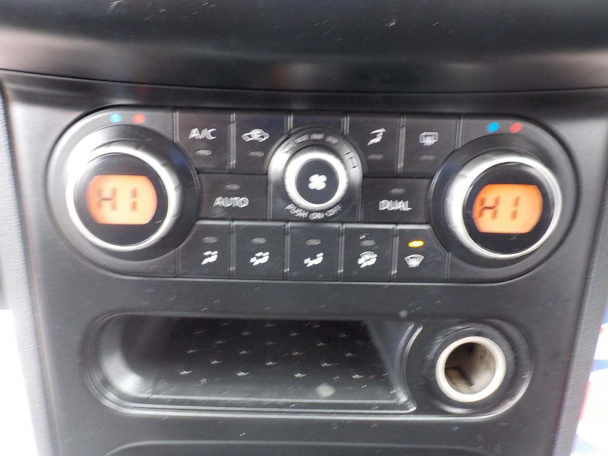 Nissan Qashqai 2.0 Tekna 2WD 5dr