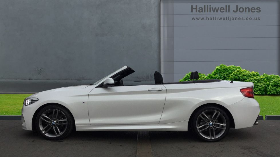 Image 3 - BMW 218i M Sport Convertible (YK68CXD)
