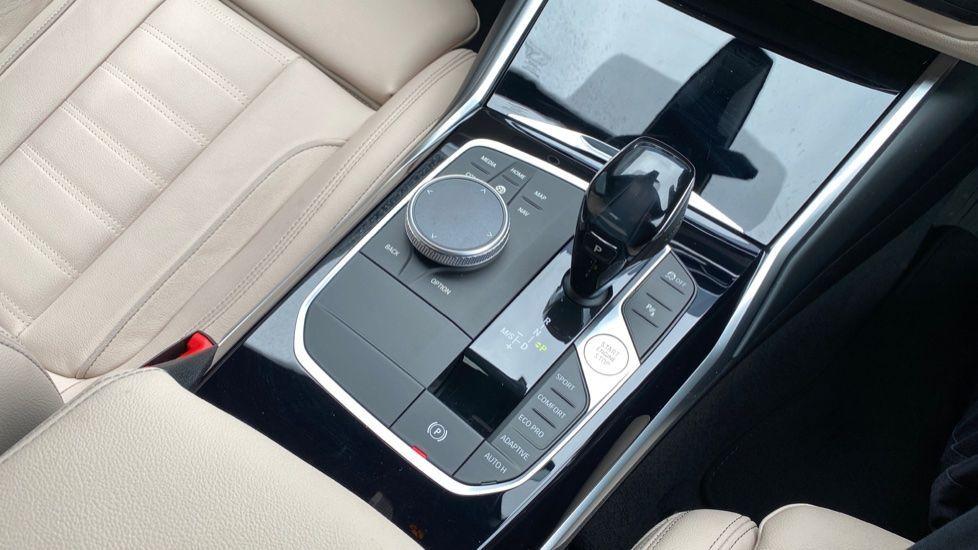Image 10 - BMW 320d M Sport Pro Edition Saloon (MA20HPF)