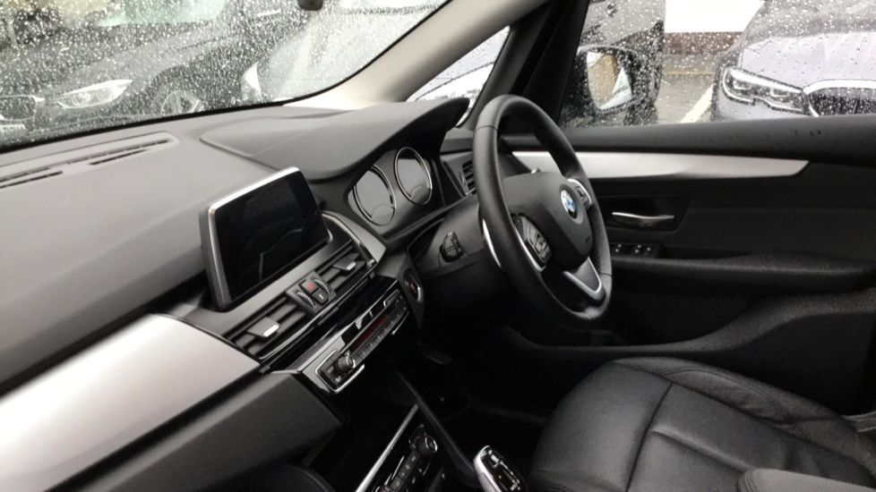 Image 5 - BMW 220d SE Active Tourer (YH19MMP)