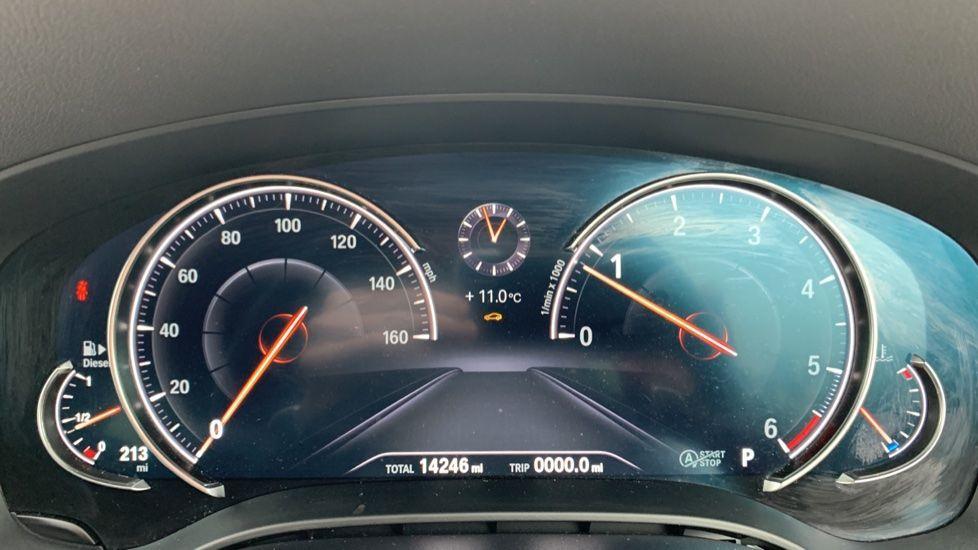 Image 9 - BMW 520d xDrive SE Touring (CY67FUD)