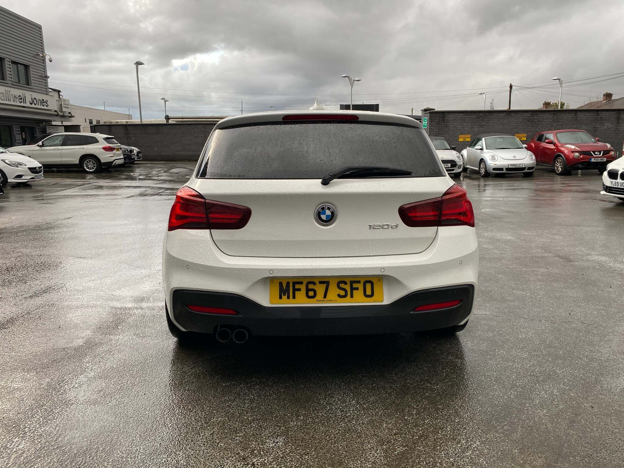 Image 6 - BMW 120d M Sport Shadow Edition 5-door (MF67SFO)