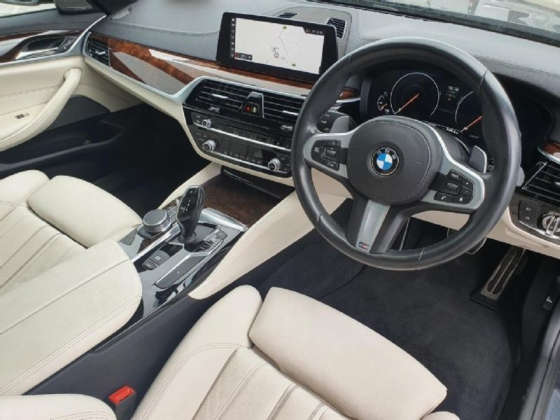 Used BMW 5 Series 520d M Sport Touring (2019 (191))