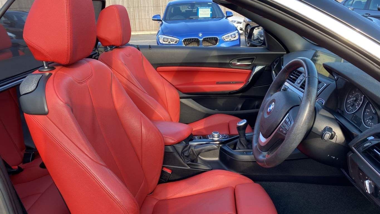 Image 11 - BMW 218d Sport Convertible (MJ17EAY)