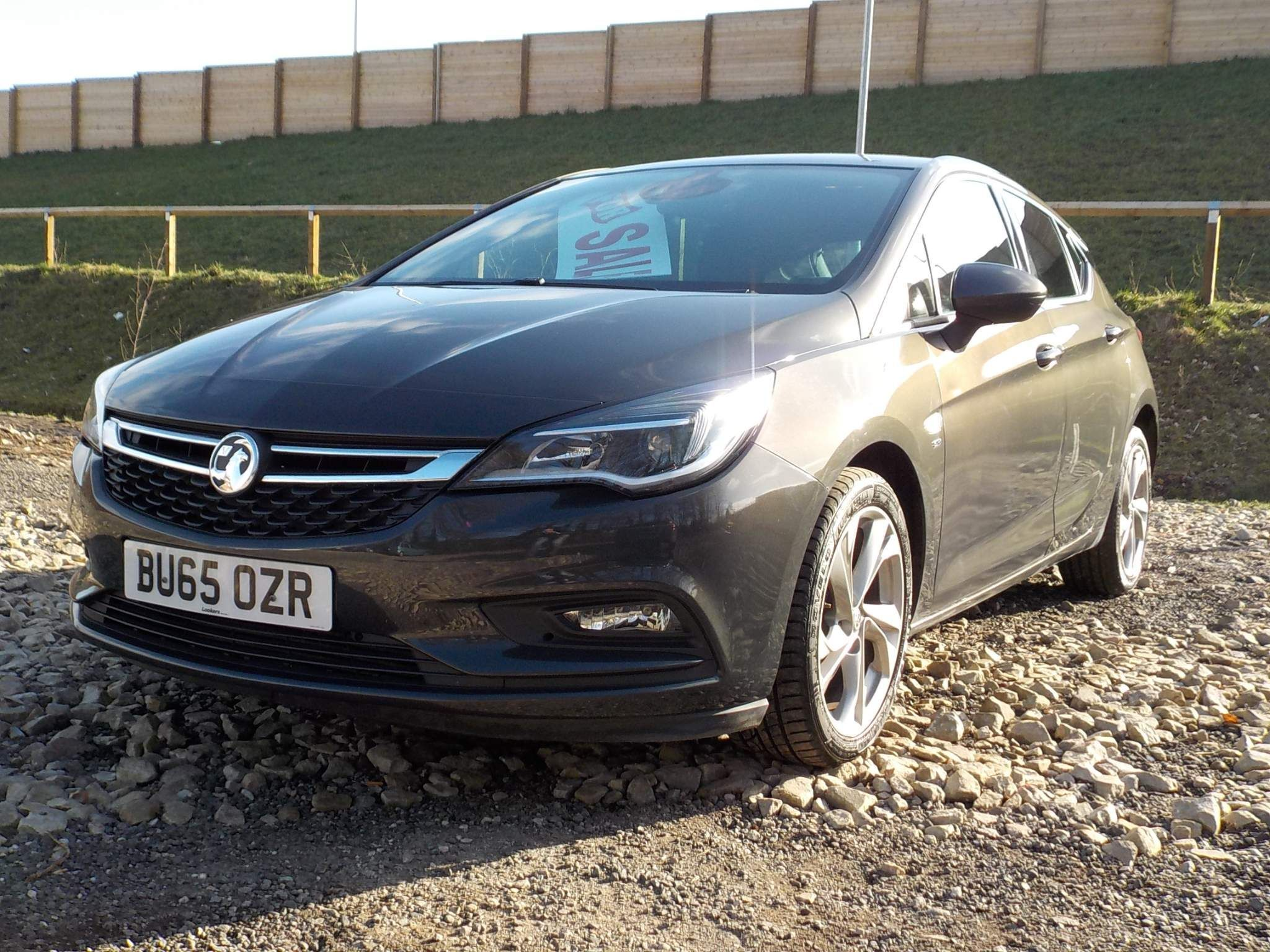 Vauxhall Astra 1.6 CDTi BlueInjection SRi Nav (s/s) 5dr