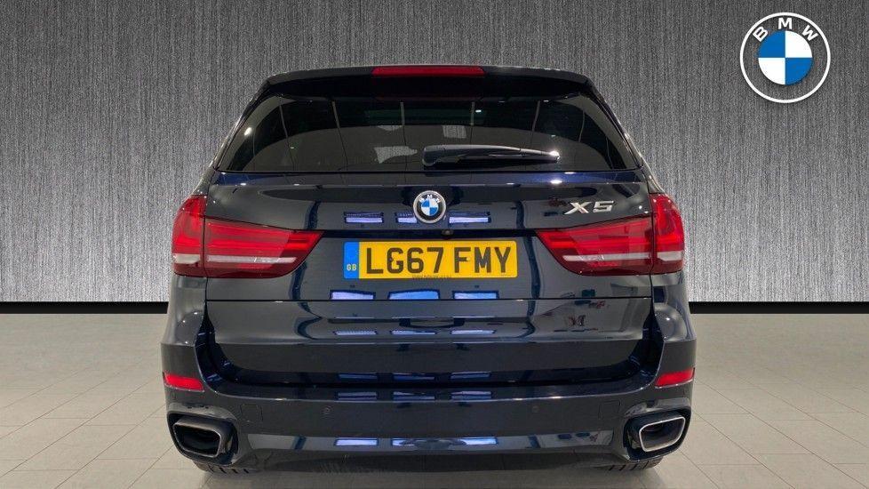 Image 15 - BMW xDrive40e M Sport (LG67FMY)
