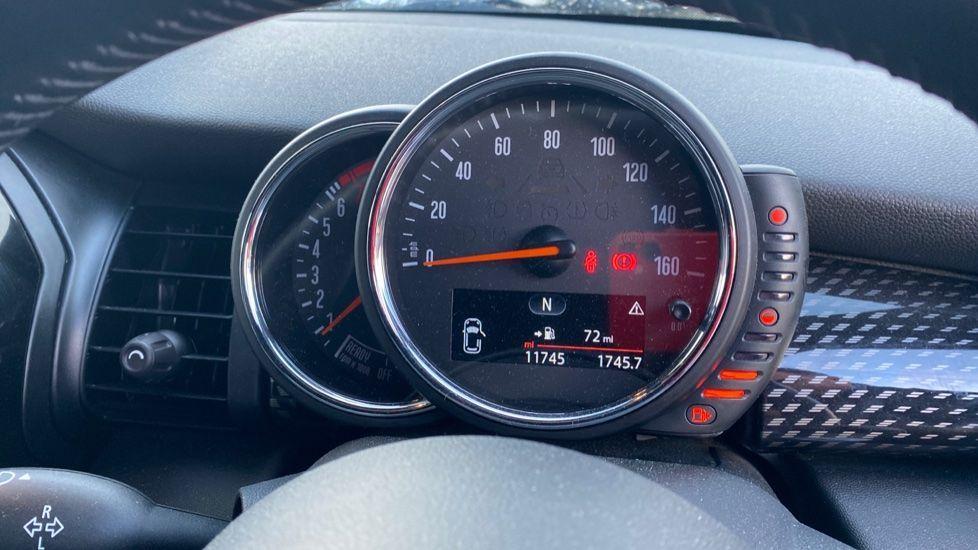 Image 9 - MINI Hatch (MF15LGW)
