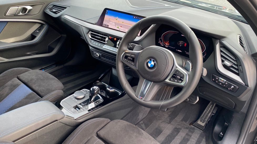 Image 5 - BMW M135i xDrive (YH20CUV)