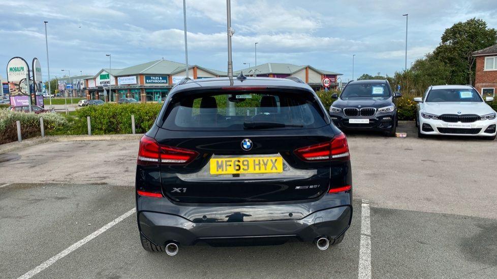 Image 15 - BMW sDrive20i M Sport (MF69HYX)