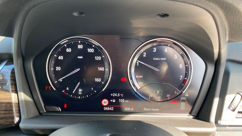 Image 9 - BMW 218i Luxury Active Tourer (YC69FNN)