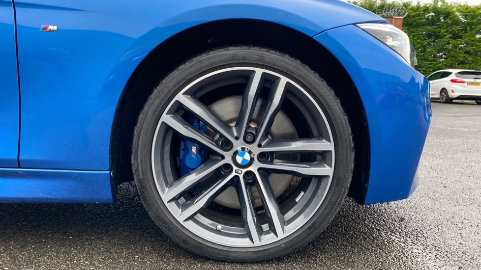 Image 14 - BMW 335d xDrive M Sport Shadow Edition (MJ68PXK)