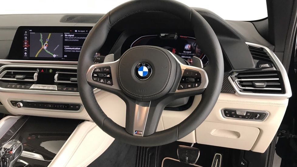 Image 8 - BMW xDrive40i M Sport (YF69MVJ)