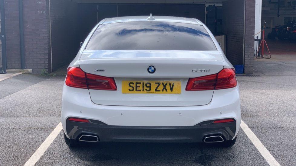 Image 15 - BMW 520d xDrive M Sport Saloon (SE19ZXV)