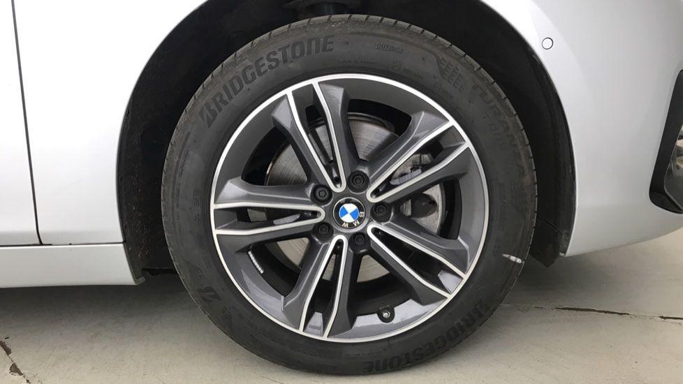 Image 14 - BMW 218i Sport Gran Tourer (YL69HNZ)