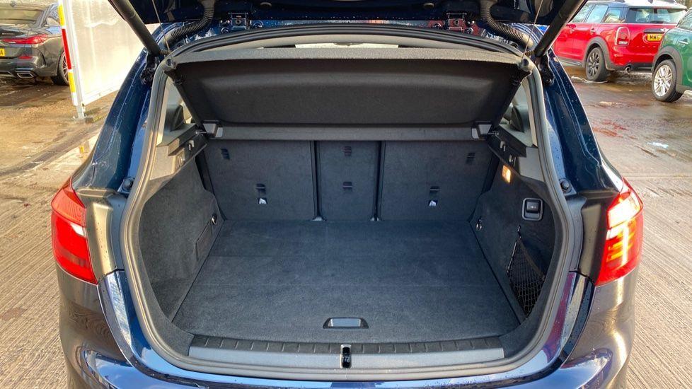 Image 13 - BMW 216d SE Active Tourer (MC17VBX)