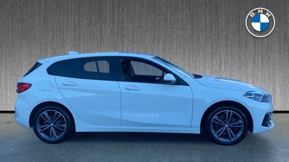 Image 3 - BMW 118i Sport (YF69HKN)